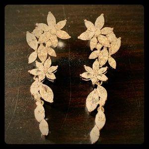 NWOT Nadri Stunning Floral long drop earrings
